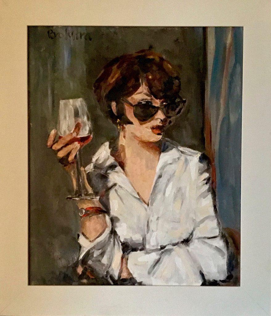 Anke Brokstra. Meisje met glas wijn en zonnebril